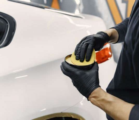 wosk-samochodowy